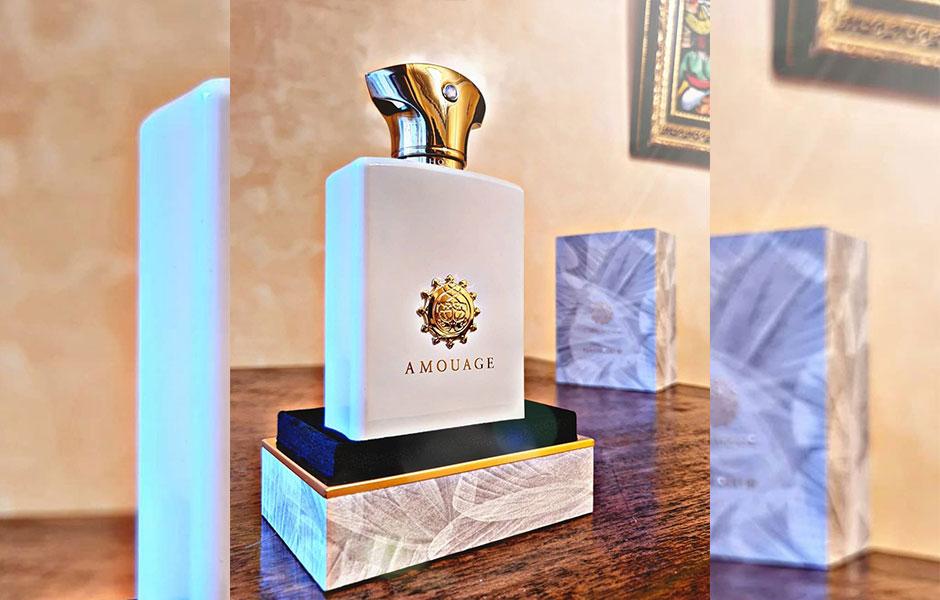 عطر ادکلن آمواج هانر مردانه (Amouage Bracken Man)، به صورت یک جفت عطر همراه با نسخه زنانه آمواج هانر در سال ۲۰۱۱ روانه بازار عطر و ادکلن شد.