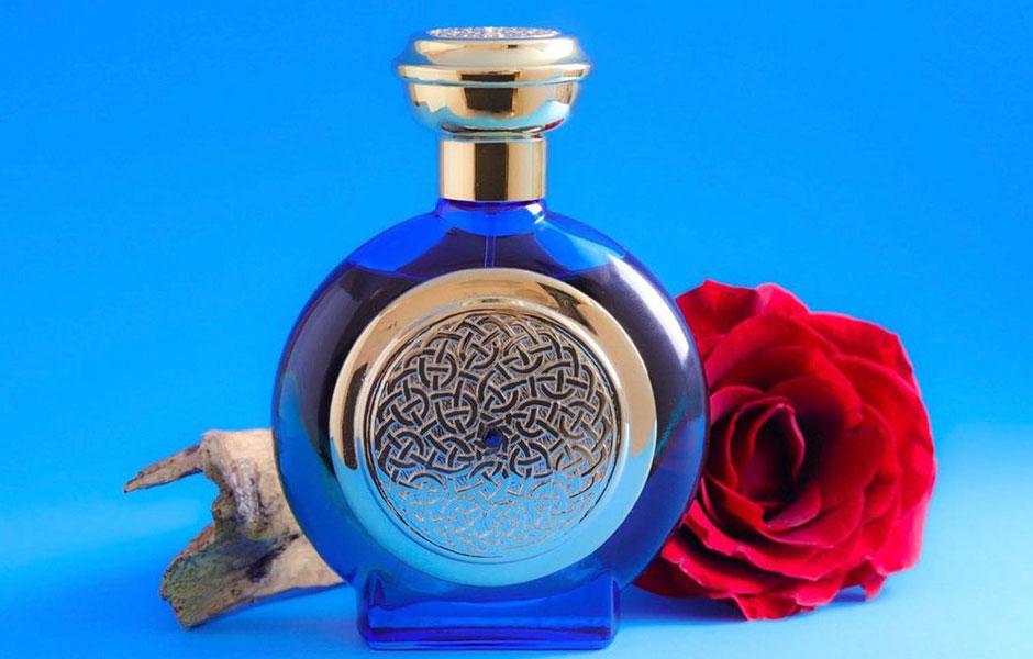 بودیسیا د ویکتوریوس بلو سفیر یک عطر شیرین و شرقی است.