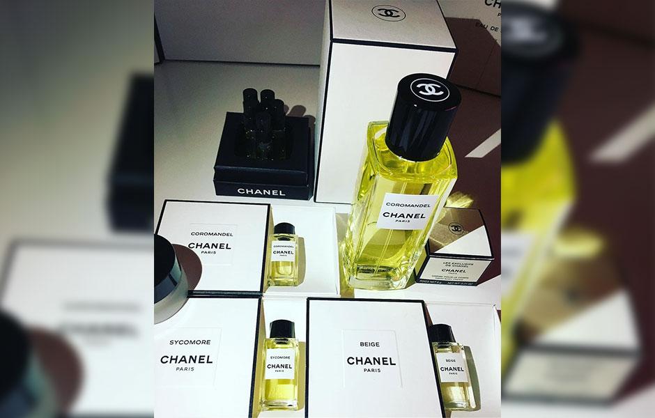 عطر ادکلن شنل کروماندل زنانه و مردانه ادو پرفیوم (Chanel Coromandel EDP)، یکی از محبوب ترین عطرهای برند شنل است.
