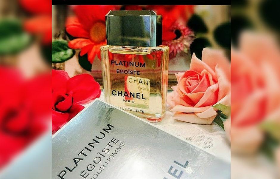 نت های میانی Chanel Egoiste Platinum، غالبا در گروه رایحه های گلی قرار گرفته اند.