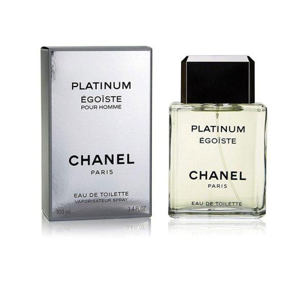 برند شنل، عطر شنل اگویست پلاتینیوم را در سال 1993، سه سال بعد از شنل اگویست، به بازار عطر جهان عرضه کرد.