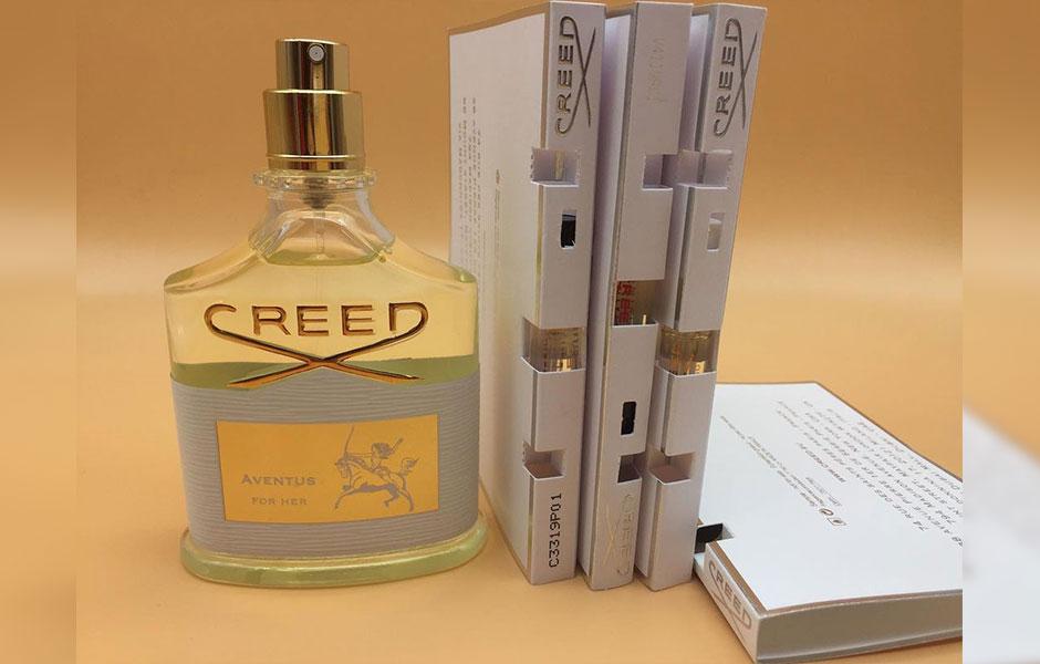 سمپل کرید اونتوس زنانه (Creed Aventus For Her Sample)، یکی از عطرهای معروف برند فرانسوی کرید است که در سال 2016 تولید شد.