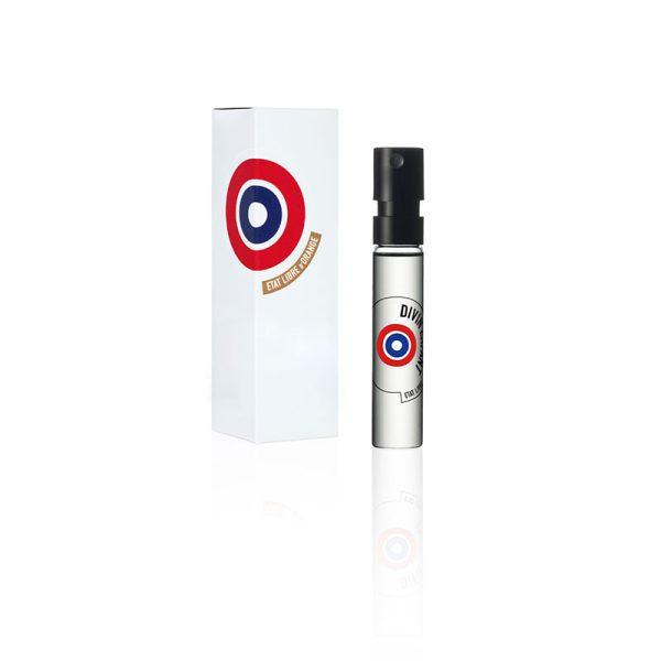 سمپل اورجینال ات لیبق دوقانژ دیوین انفنت به عنوان یک عطر یونیسکس (زنانه و مردانه) در گروه بویایی گلی قرار گرفته است