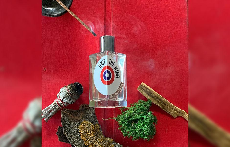 نت آغازین ات لیبق دوقانژ اگزیت د کینگ از صابون و فلفل صورتی تشکیل شده است.