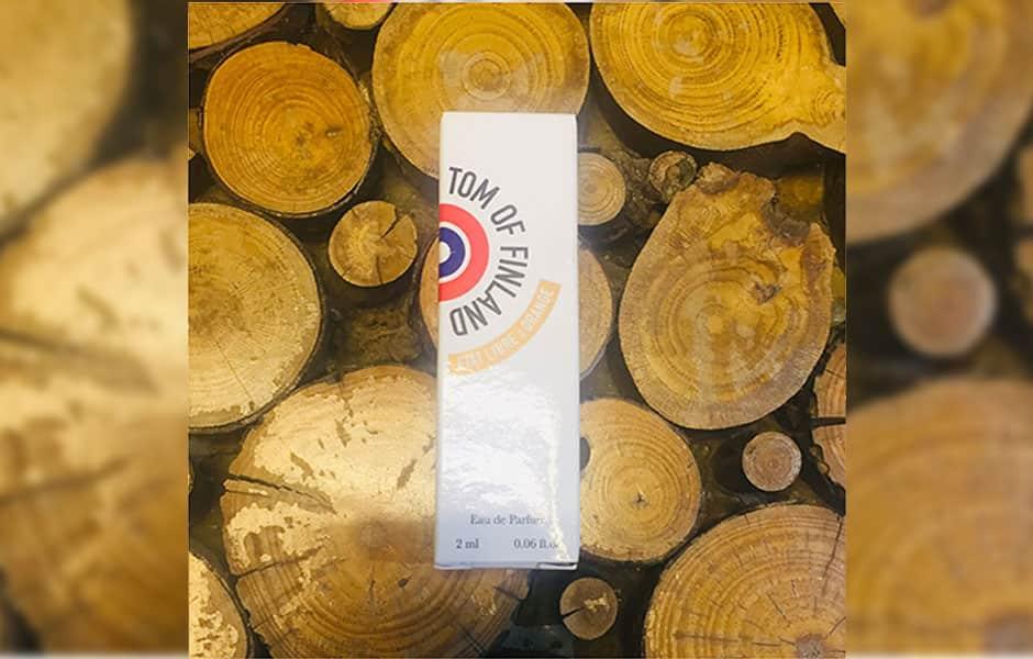 سمپل ات لیبق دوقانژ تام آف فنلاند مردانه (Etat Libre D'Orange Tom Of Finland Sample)، از عطرهای مردانه برند فرانسوی ات لیبق دوقانژ (اتات لیبره د اورنج) است که در سال ۲۰۰۷ روانه بازار عطر و ادکلن شد.