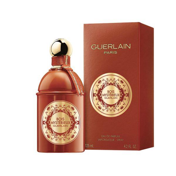 عطر ادکلن گرلن بوا میستقیو زنانه و مردانه (Guerlain Bois Mysterieux)، از خاص ترین و شیک ترین عطرهایی است که برند فرانسوی گرلن در سال 2019 روانه بازار کرد.