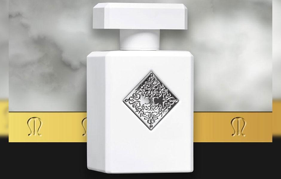این عطر زنانه و مردانه در گروه بویایی چوبی معطر قرا