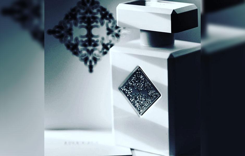 عطر ادکلن اینیشیو ریهاب (Initio Parfums Prives Rehab)، از نظر ماندگاری نیز در سطح طولانی قرار گرفته است.