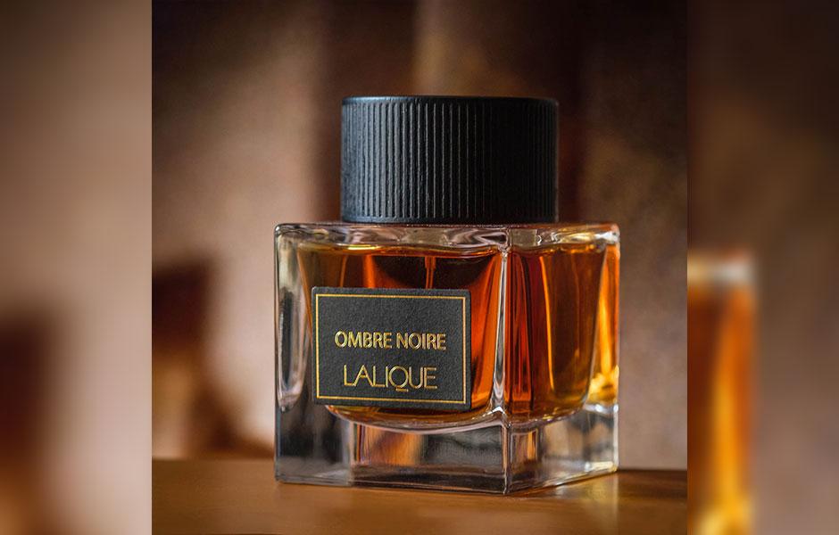 لالیک Ombre Noire عطری عمیق و خیره کننده برای مردان خاص پسند است