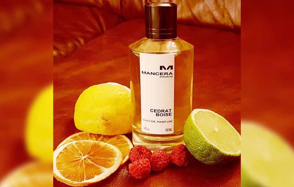 Mancera Review: در همان لحظات اول ترکیبی پر نشاط از ترنج، توت سیاه، لیمو سیسیلی، نتهای ادویهای مشام شما را نوازش خواهد کرد.