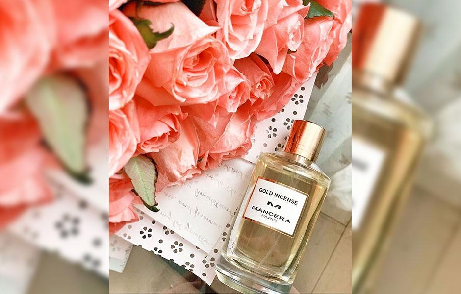 عطر مانسرا گلد اینسنس، عطری برای بهار، پاییز و زمستان است.