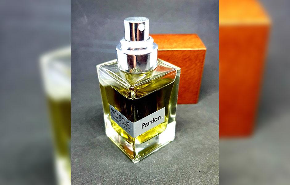عطر ادکلن ناسوماتو پاردون زنانه و مردانه (Nasomatto Pardon)، یکی از دو عطر مردانه ای است که کمپانی هلندی ناسوماتو به بازار ارائه داده است.