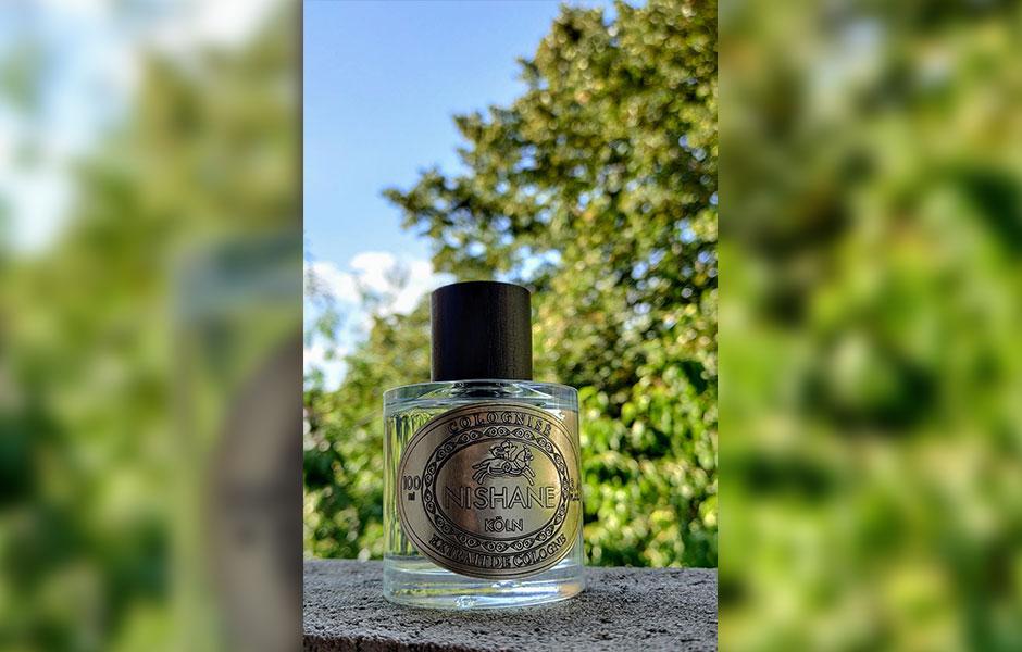 نیشان سفران کولونایز یک عطر چرمی است.