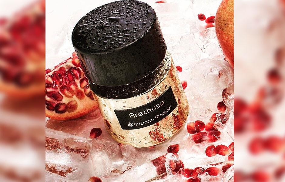 عطر آرتوسا (Tiziana Terenzi Arethusa) در گروه بویایی گلی آبزی قرار گرفته است؛ گروهی که روایح دریایی و گیاهان آبزی در آن بسیار است.