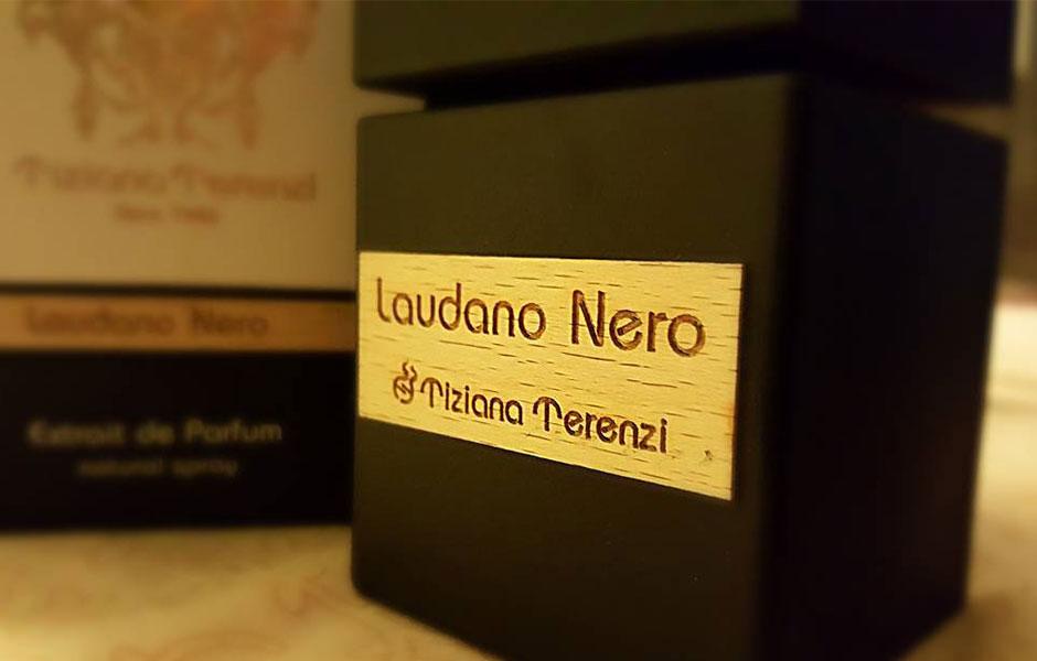 تیزیانا ترنزی لودانو نرو Tiziana Terenzi Laudano nero به عنوان یک عطر گرم و تلخ شناخته می شود.