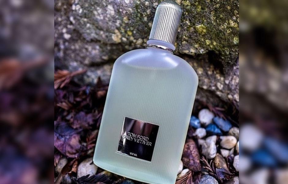 گری وتیور ادو پرفیوم پخش بوی متوسطی دارد و اما ماندگاری اش طولانی است