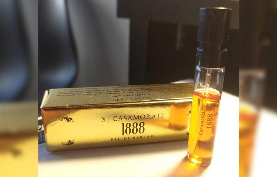 سمپل اورجینال زرجف کازاموراتی 1888 زنانه و مردانه (Xerjoff Casamorati 1888 Sample)، سمپل یکی از بهترین و معروف ترین عطرهای برند ایتالیایی زرجف به نام ۱۸۸۸ است
